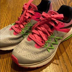 EUC Nike Air Zoom Winflo 3